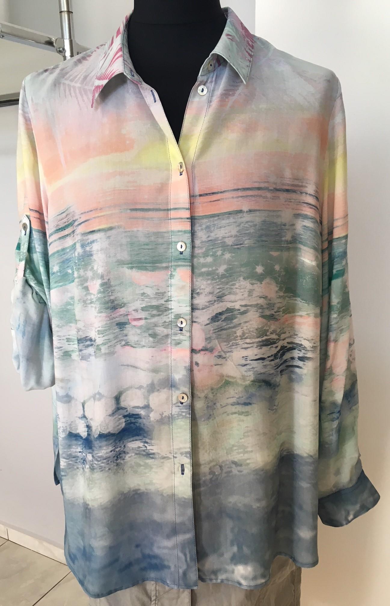 9500590c875 Dámské oblečení v akci   Letní výprodej